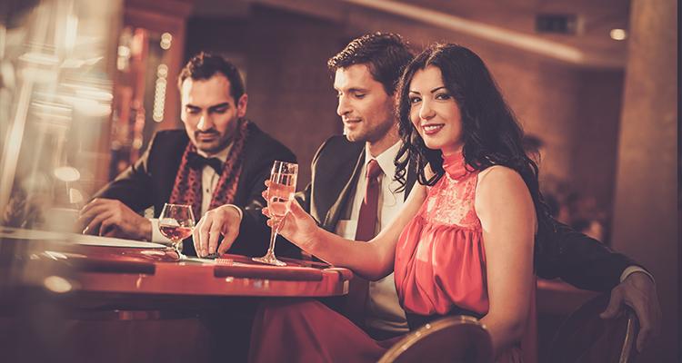 London casino game hire, Poker